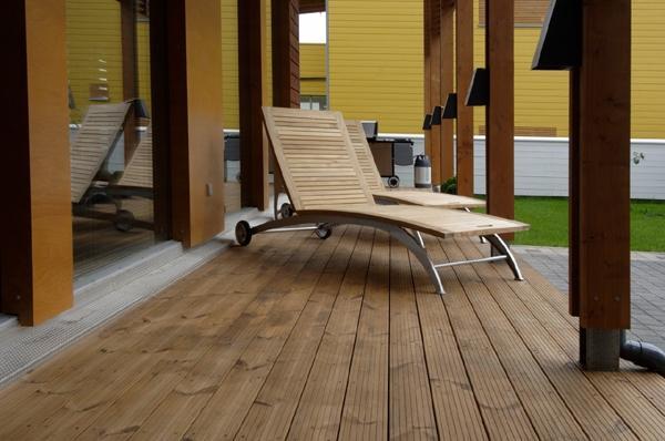 Terrasse Holz Glatt Oder Geriffelt ~   – Terrassen ganz nach Ihrem Gusto – ob klassisch oder modern